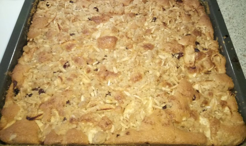 Nachgebacken: Apfelkuchen mit Streuseln a la Sweet & Easy Enie backt