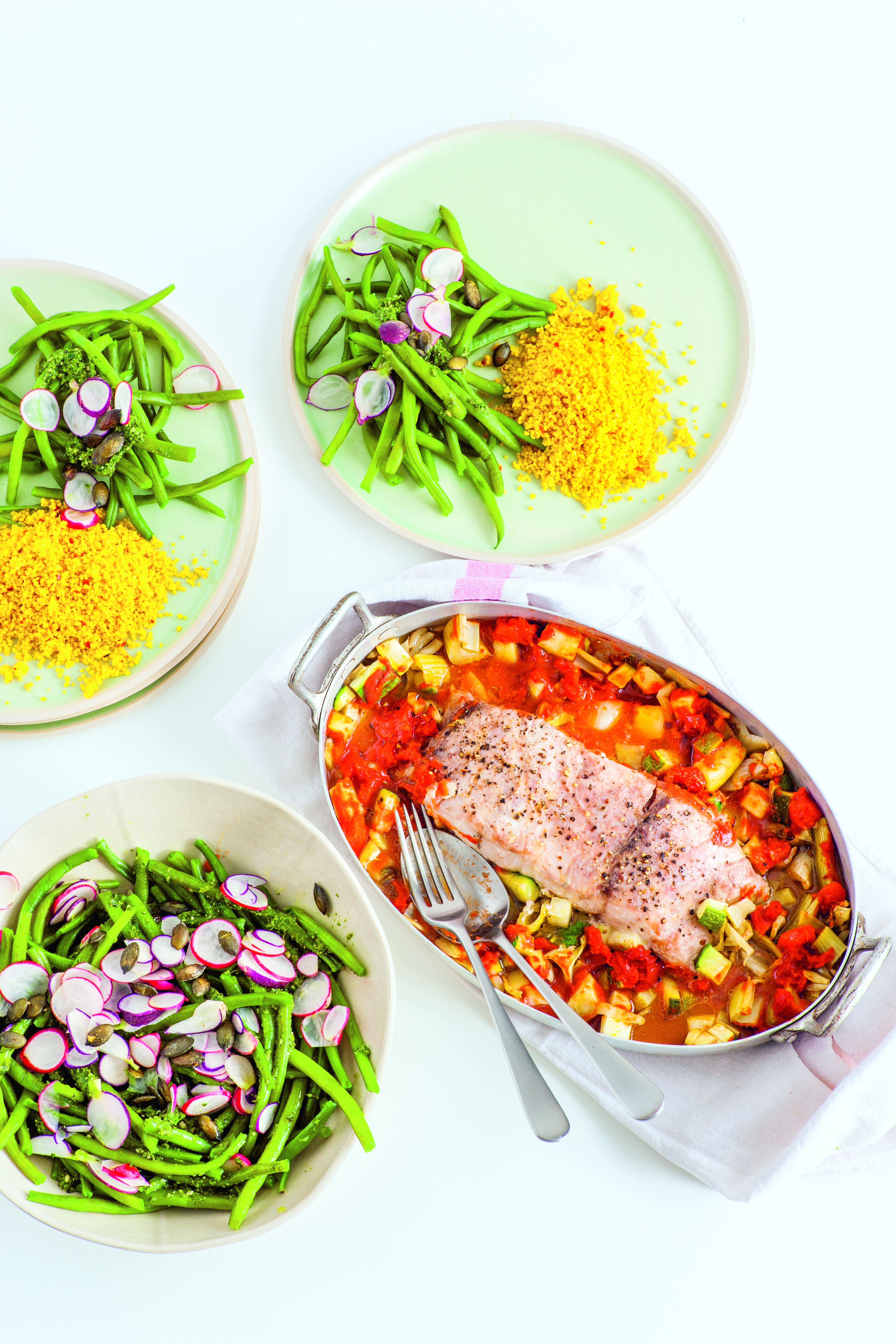 Seehecht, grüne Bohnen, Radieschen, Bulgur, Pesto aus dem Buch Sunday Meal Prep